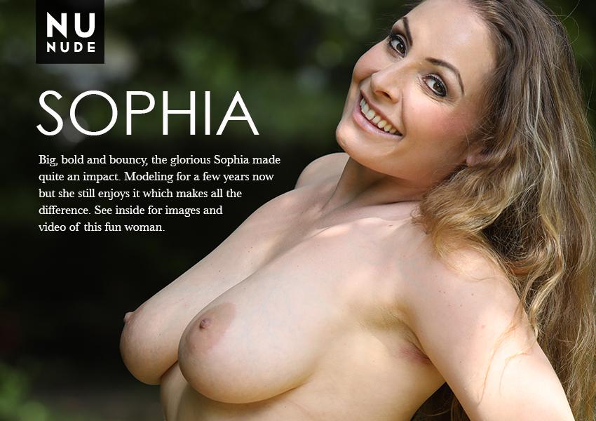 Sophia nudist model