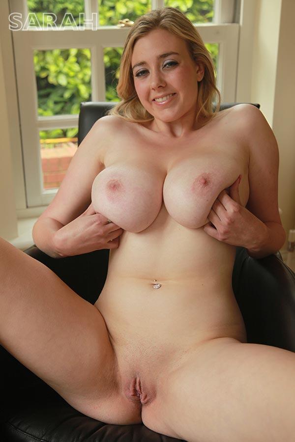 http://www.nunude.co.uk/wp-content/uploads/2015/11/Sarah_Ind_13.jpg