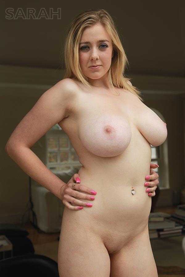http://www.nunude.co.uk/wp-content/uploads/2015/11/Sarah_Ind_15.jpg