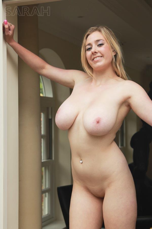 http://www.nunude.co.uk/wp-content/uploads/2015/11/Sarah_Ind_17.jpg