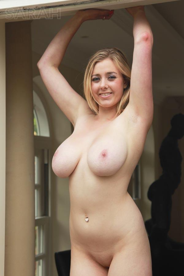 http://www.nunude.co.uk/wp-content/uploads/2015/11/Sarah_Ind_19.jpg