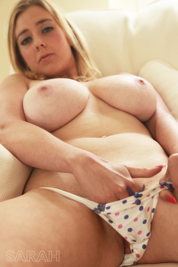http://www.nunude.co.uk/wp-content/uploads/2015/11/Sarah_Ind_6.jpg